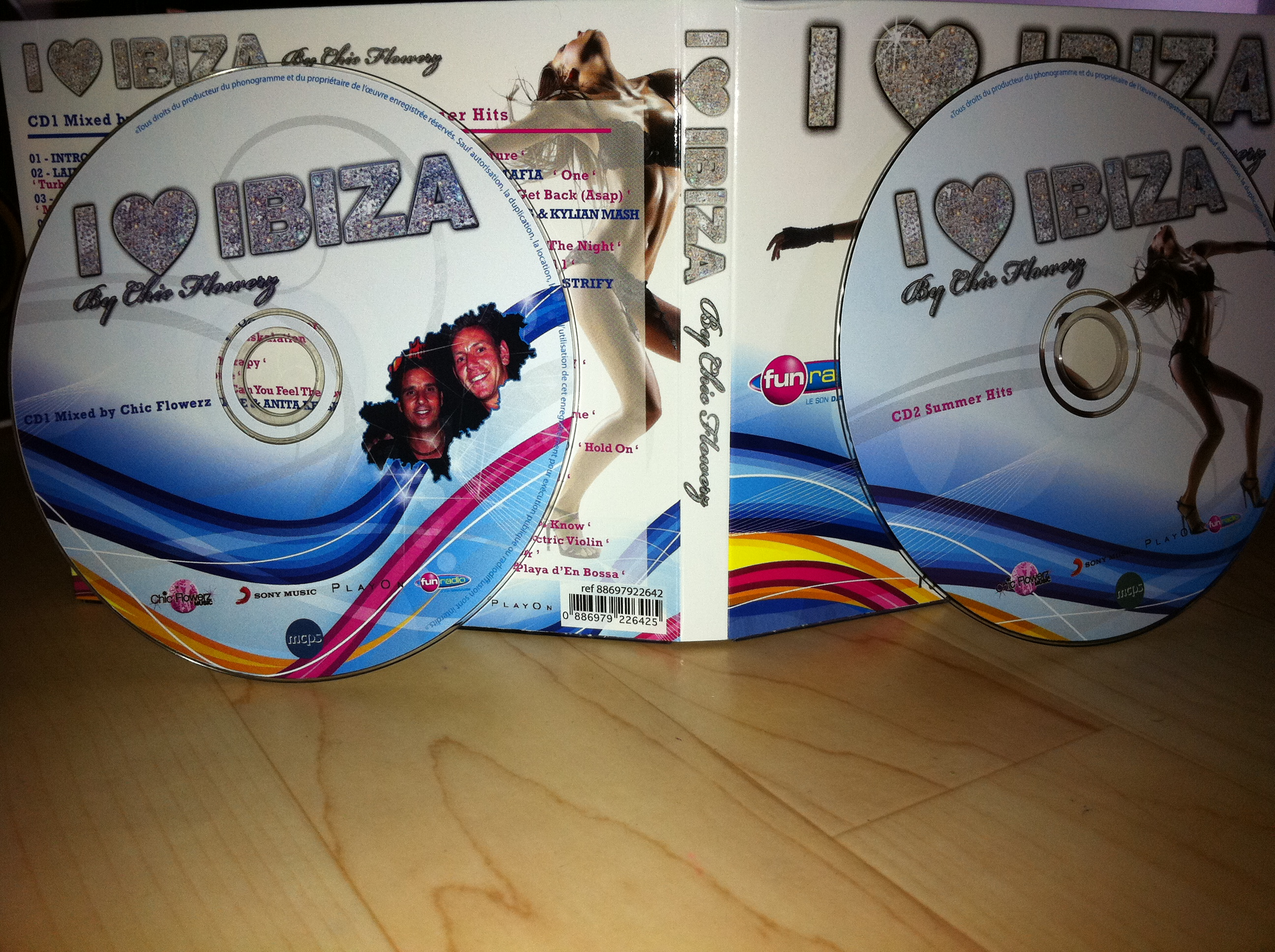 VA - I Love Ibiza (By Chic Flowerz) 2CD 2011 (CD ORIGINAL)