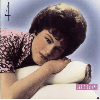 Patsy Cline - 4.Sweet Dreams