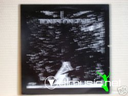TONES ON TAIL-BURNING SKIES (12'' MAXI 1983)