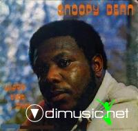 Snoopy Dean - Wiggle That Thing (Vinyl, LP, Album) 1977
